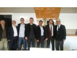 Eskişehir Tuhafiyeciler Odası Başkanı Sefa Şen'den Günyüzülüler Derneği'ne Ziyaret