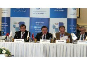 Gebze Belediye Başkanı Adnan Köşker, Yerel Yönetimler Zirvesinde