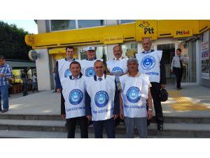 Türk Eğitim Sen üyeleri, ek gösterge dilekçelerini postayla Ankara'ya gönderdi