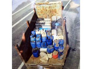 Erciş'te Bomba Yüklü Kamyonetin Yakalanması