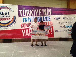 İhlas Koleji Öğrencisi İngilizce'de Türkiye İkincisi