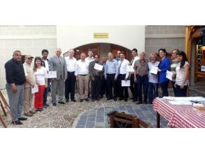 Salihli'de Gönüllü Tanıtım Elçileri Belgelerini Aldı