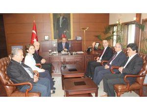 Kgd Yönetimi, Vali Ali Kaban'ı Ziyaret Etti