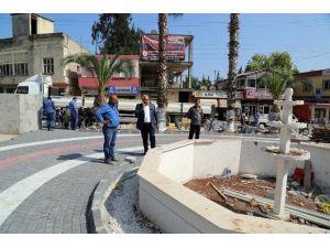 Erdemli Belediyesi, Tömük Meydanını Yeniliyor