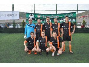 Bozüyük'te Eczacıbaşı Vitra Halı Saha Futbol Turnuvası Başladı