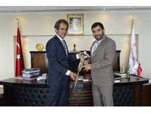 Kocaeli TSO Başkanı Özdağ, Rektör Özer'i Ziyaret Etti