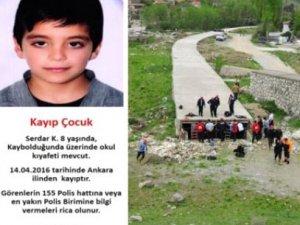 Polis Kayıp Çocuğu Ararken, Firari Babasını Yakaladı!