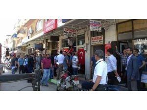 İzmir'de Kürdistan Yazılı Forma Ortalığı Karıştırdı