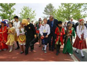 Cumhurbaşkanı Erdoğan dünya çocukları ile buluştu
