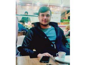Çorlu'daki Kazada Ölen 4 Arkadaş Toprağa Verildi