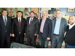 Karsesob Başkanı Burulday Ve Oda Başkanlarından Başkan Daşdelen'e Tebrik Ziyareti