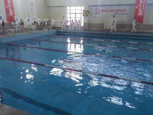 Öğrenciler, Yüzmede Malatya Birincisi Oldu