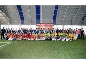 Öğrenciler Okullararası Spor Turnuvası'nda Yarıştı