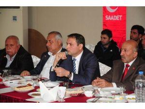 Saadet Partisi Basın Mensupları İle Bir Araya Geldi
