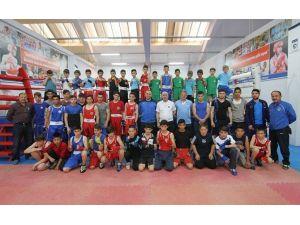 Kağıtsporlu Boksörler Türkiye Şampiyonasına Hazırlanıyor