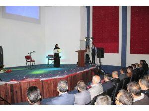 Narman Anadolu Lisesi Kutlu Doğum Haftası Programı İlgiyle İzlendi