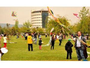 Karacabey'de Uçurtma Şenliği