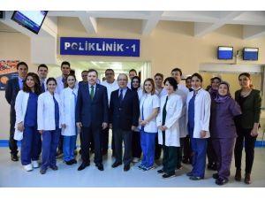 Uşak Üniversitesi Diş Hekimliği Fakültesi Öğrenci Alacak