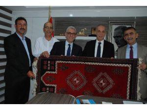 Sendika Ve Belediye Başkanlarından Petrol İş'e Ziyaret