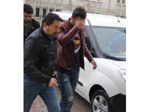 Uyuşturucuyla Yakalanan Genç Gözaltına Alındı