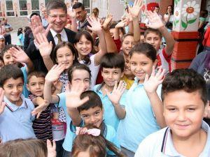 Başkan Subaşıoğlu'dan 23 Nisan Mesajı