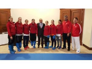 Üzülmez, Karate Milli Kampını Ziyaret Etti