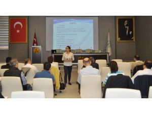 Kütahya'da 'Müşteri İlişkileri Yönetimi' Eğitimi
