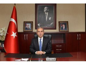 """Vali Büyük'ün """"23 Nisan Ulusal Egemenlik Ve Çocuk Bayramı"""" Mesajı"""