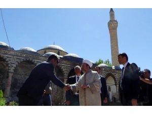 Diyanet İşleri Başkanı Görmez'den Kurşunlu Camii'ne Ziyaret