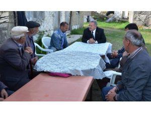 Vali Kahraman, Futbolcu Ahmet Taşkıran'a Taziye Ziyaretinde Bulundu