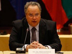 Yunanistan Dışişleri Bakanı Kocias: Türkiye anlaşmayı başarıyla uyguluyor