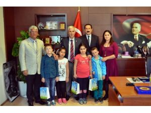 Seyda Fırat'ın 4 Öğrencisi Söke'nin Sembolik Belediye Başkanı Oldu