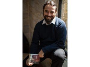 Uğur Batı'dan Osmanlı Fantastik Romanı