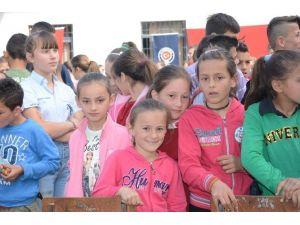 TİKA'nın Desteğiyle Arnavutluk'ta 23 Nisan Kutlaması