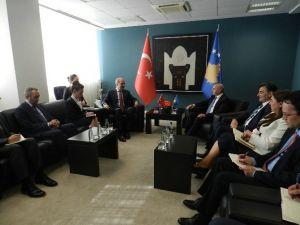 Başbakan Yardımcısı Kurtulmuş Kosova Başbakan'ını Türkiye'ye Davet Etti