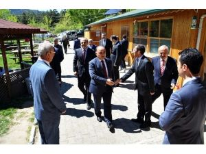 Kastamonu Valisi Tosya OSB'yi Ziyaret Etti
