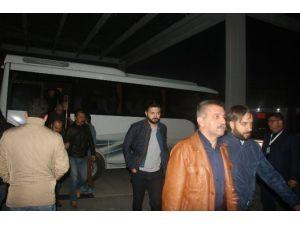 Afyonkarahisar'da Fetö-pdy Terör Örgütü Operasyonunda Gözaltına Alınan Şahıslar Sağlık Kontrolüne Çıkarıldı