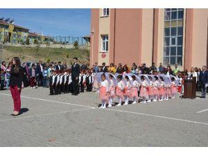 Pınarbaşı'da 23 Nisan Kutlaması Yapıldı