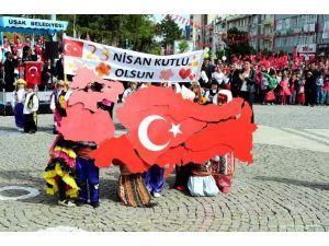 Uşak'ta 23 Nisan Ulusal Egemenlik Ve Çocuk Bayramı