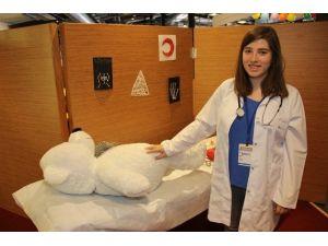 Çocuk Şenliğinde Oyuncak Hastanesi Kuruldu