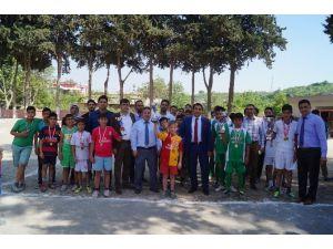 """Futbolla """"Toroslar'dan Suriye'ye Dostluk Köprüsü"""" Kuruluyor"""