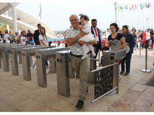 EXPO 2016'nın İlk Ziyaretçileri Minik Erdoğan Kardeşler Oldu