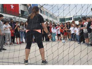 Urla'da TED Çocuklarının 23 Nisan Coşkusu
