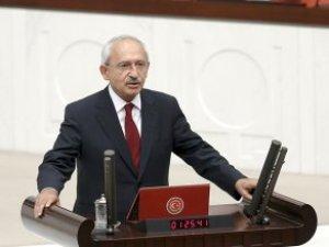 Kılıçdaroğlu: Anayasa Mahkemesi'ne Meydan Okuyanlar Ulusal Egemenliği Çiğniyor