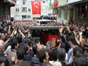 Tunceli'de Şehit Düşen Jandarma Onbaşıyı Binlerce Mahalleli Dualarla Uğurladı