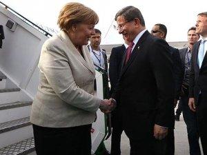 Almanya Başbakanı Merkel Türkiye'ye Geldi