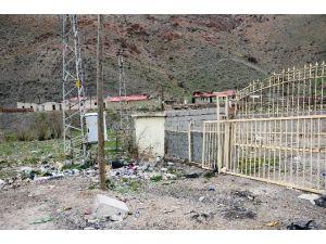 Kapıköy Sınır Kapısı Çöplüğe Döndü