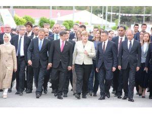 Başbakan Davutoğlu Ve Avrupalı Liderler Nizip'ten Ayrıldı