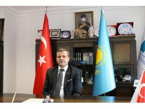Ahmet Yesevi Üniversitesi İzmir'de Sınav Merkezi Açıyor