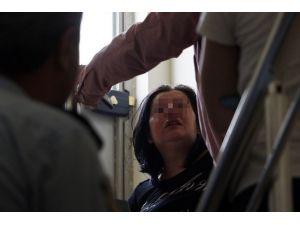 Kızının Cinsiyet Değiştirme İsteği Anneyi Hastanelik Etti
